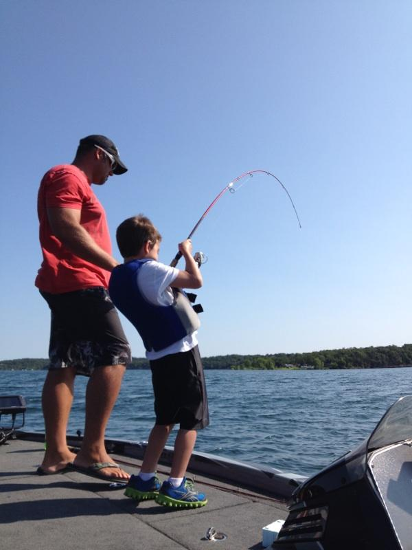 pro bass guide on table rock lake